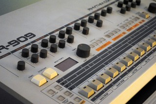 Driven Machine Drums: FR-909 Free Sample Pack