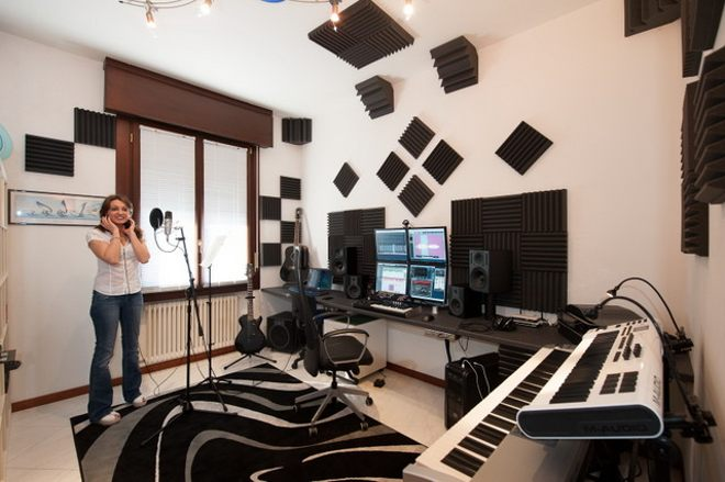 Awe Inspiring 5 Essentials For Your Home Recording Studio Producerspot Largest Home Design Picture Inspirations Pitcheantrous
